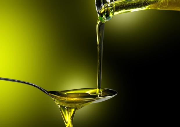 Olio extravergine a digiuno: i benefici che non sapevi - Frantoio Evo del  Borgo